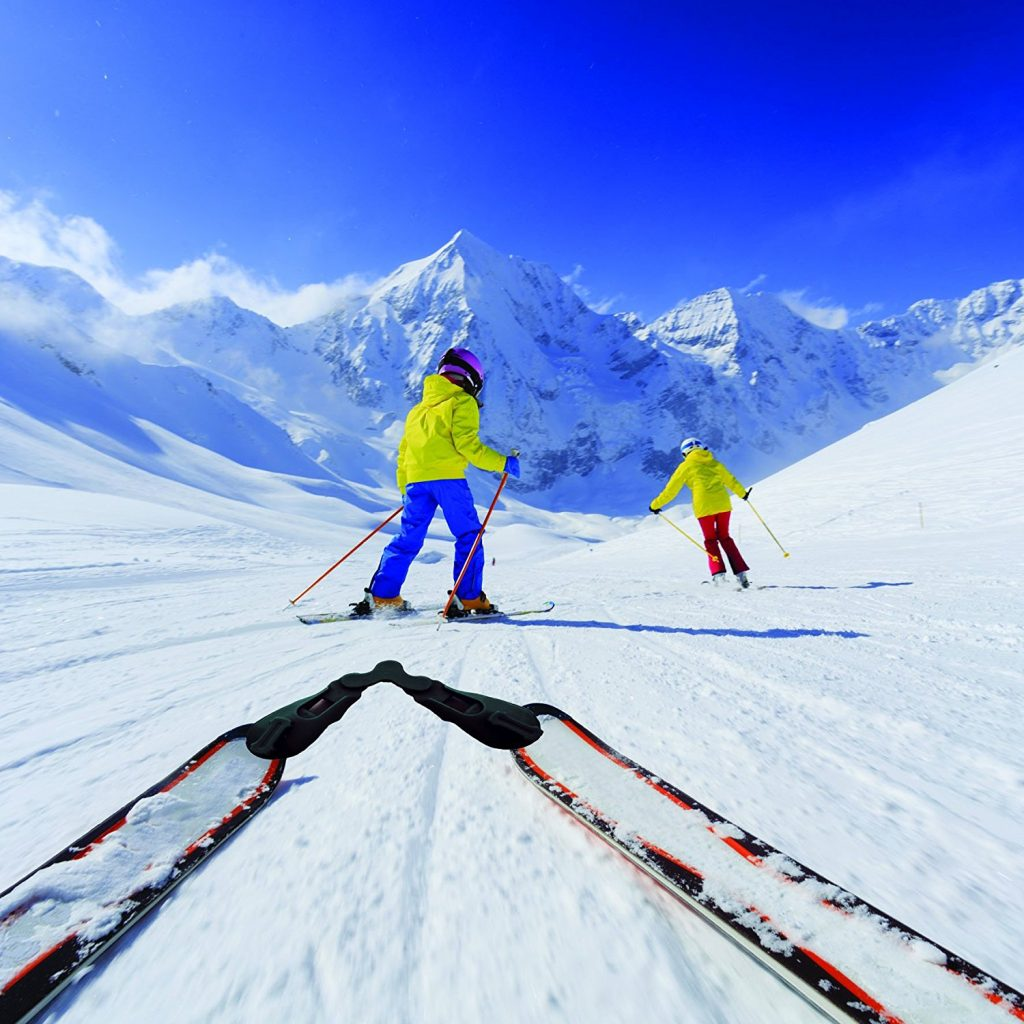 Skiing with kids/ What you need to know/ Kids skiing/ ski clips on skis/ blog/ ladies pass it on/ women