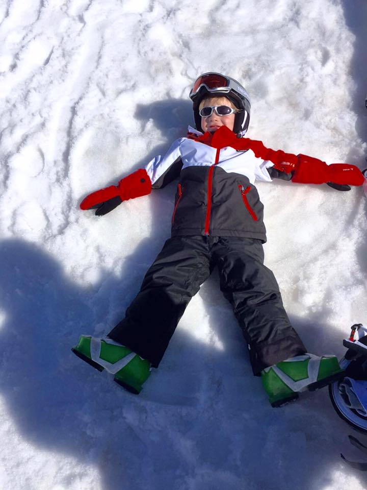 Skiing with kids/ what you need to know/ kid skiing/ blog ladies pass it on/ women