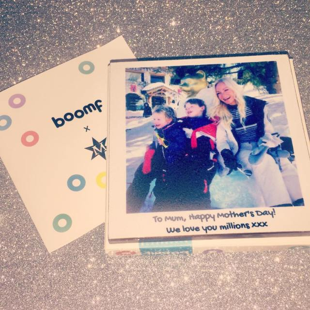 How adorable is this photo chocolate bar from Boomf? Ihellip